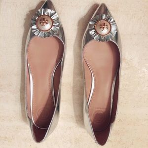 ◽️▫️Sold on eBay ▫️◽️Tory Burch Melody Pointy Flat